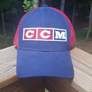 Nwot CCM hockey America cap